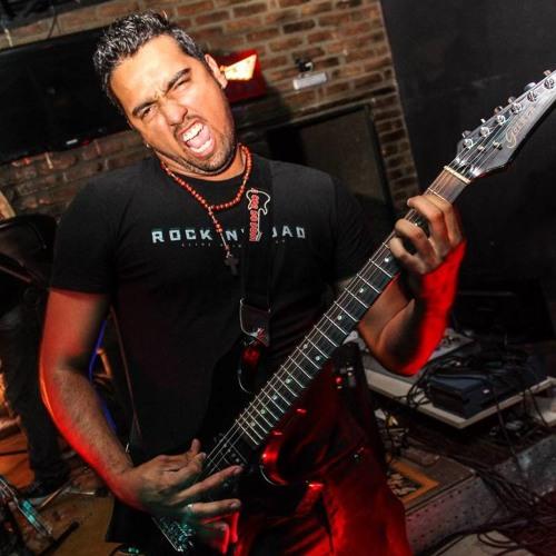 Roberto Kbral's avatar