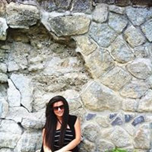 Divoiu Roxana's avatar