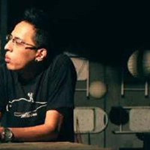 M Fahmi Cure's avatar