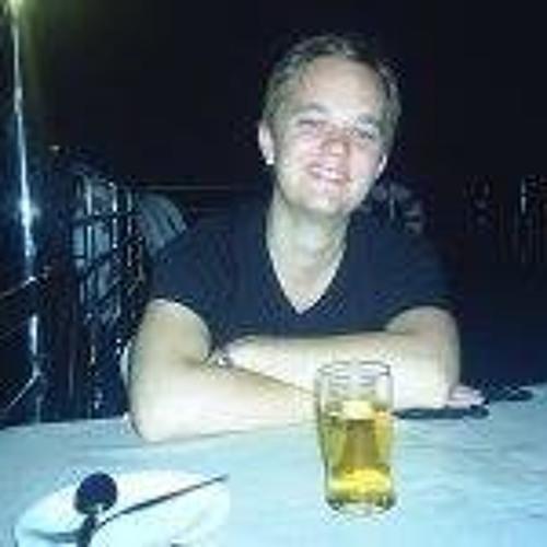 Simon Jaanivald's avatar