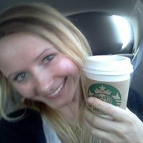 Aljona Lynn Bergwall's avatar
