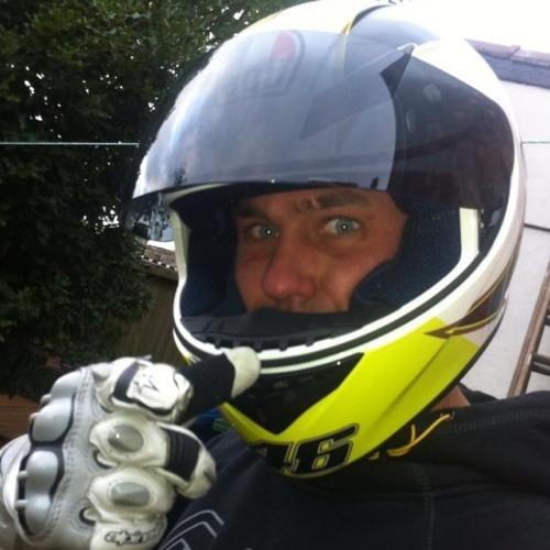 Roman Vale Ellis's avatar