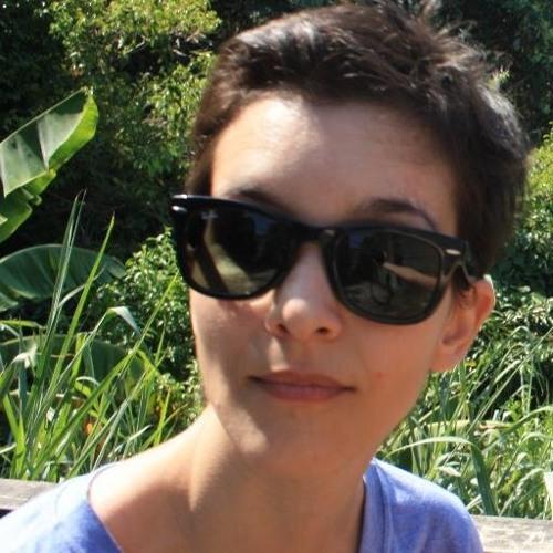Ana Carolina Carvalho 2's avatar