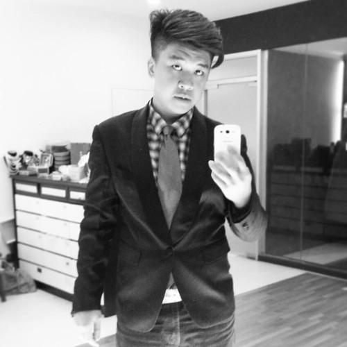Bryan Thian's avatar