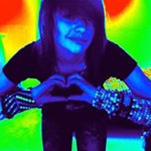 Gianna Lewis 1's avatar