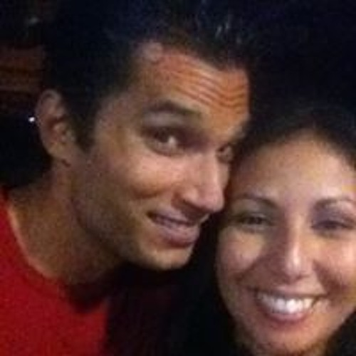 Roxanne John Santiago's avatar