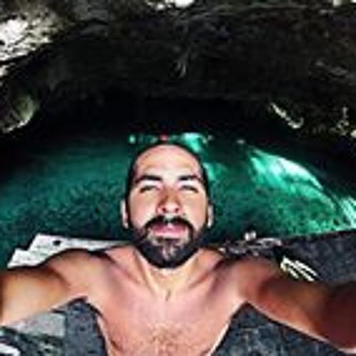 Alfredo Raya's avatar