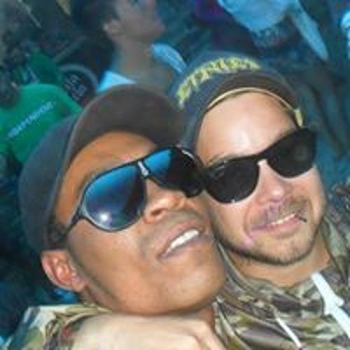 Hugo Pinto 28's avatar