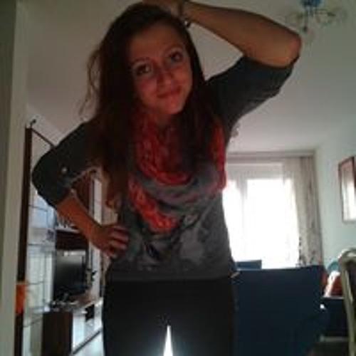 Julia Haslacher 2's avatar