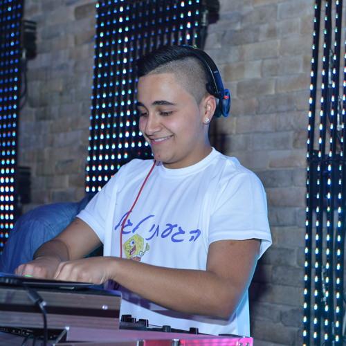 DJ adriano's avatar