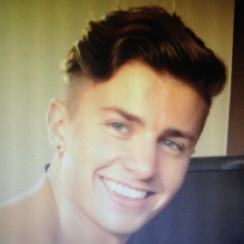 samcross015's avatar