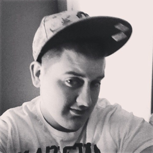 roberoo242's avatar