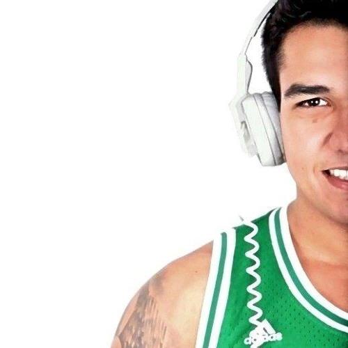 Vítor Arcanjo's avatar