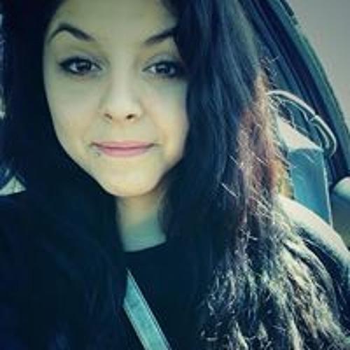 Chelsey Castro's avatar