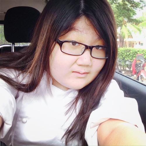 Frauline Lee's avatar