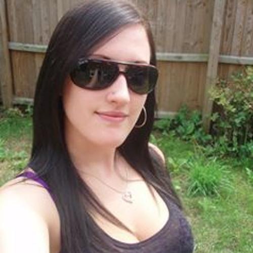 Vicky Lines's avatar