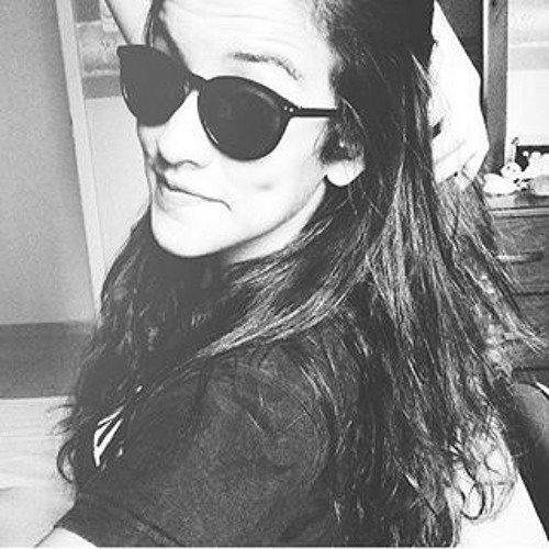 Julia Siqueira 6's avatar