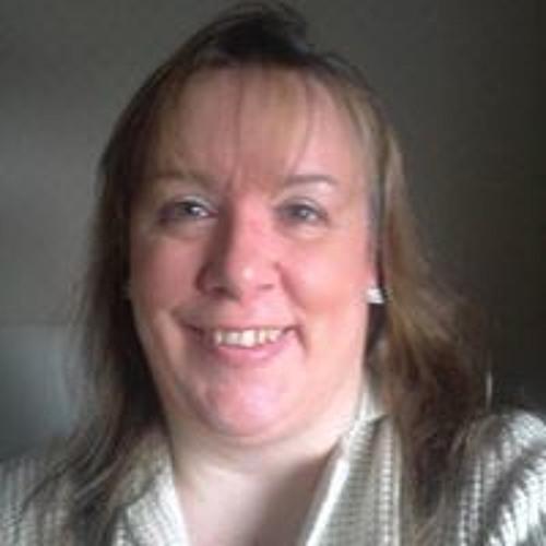 Fiona Wyper's avatar