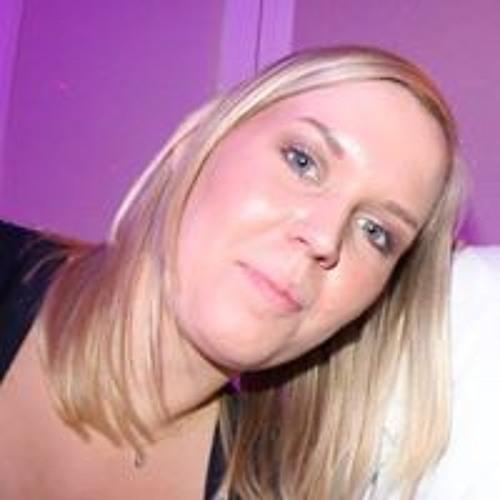 Nickie Helmundt's avatar