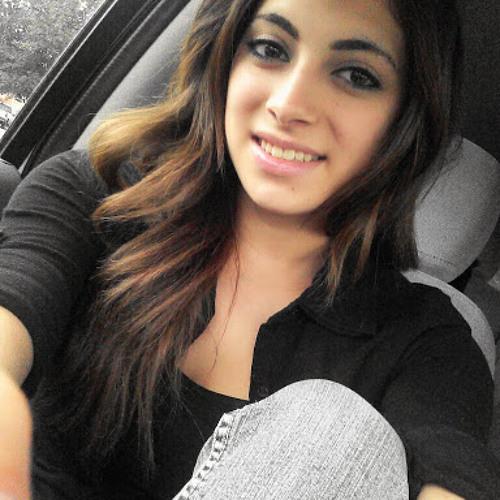 Tania Lizardo's avatar
