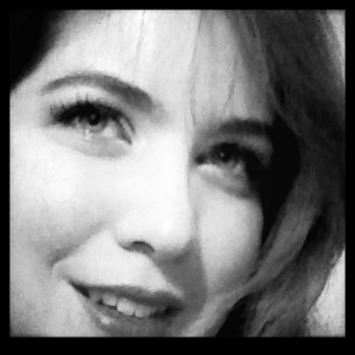 Lorna Lore's avatar