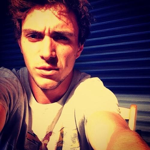 Roulio Vcn's avatar
