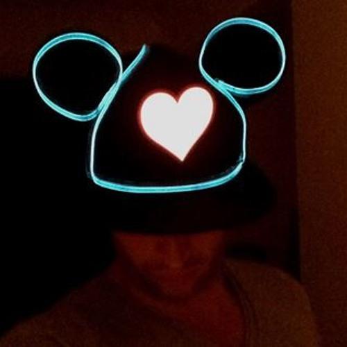 chrissums's avatar