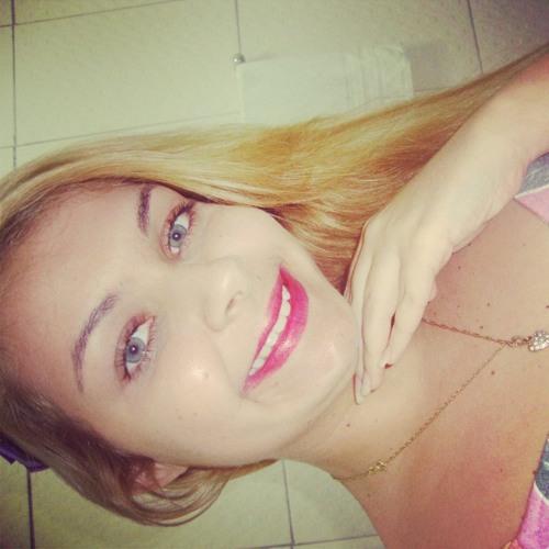 Mari felix's avatar