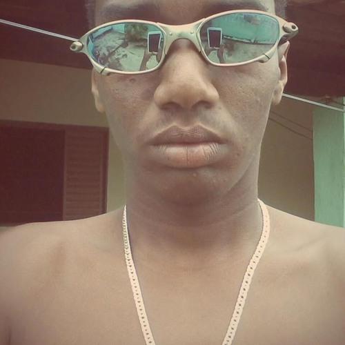 Dilan Gomes h i p's avatar