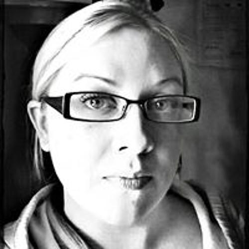 Serina Ambers's avatar