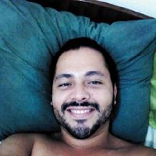 Leandro Carvalho 69's avatar