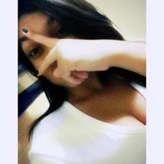 Julia Gomes 42