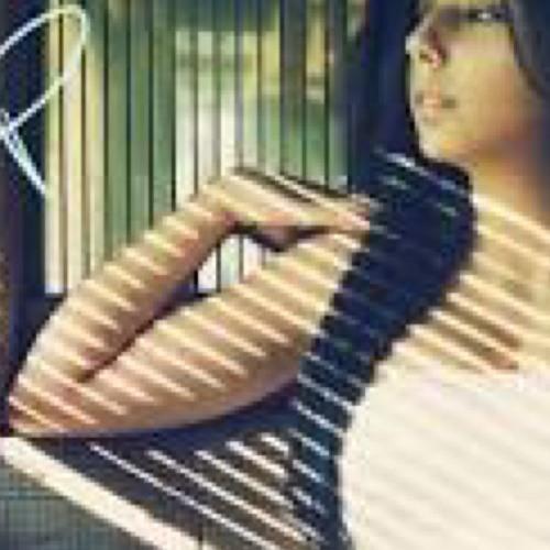 kyla b.'s avatar