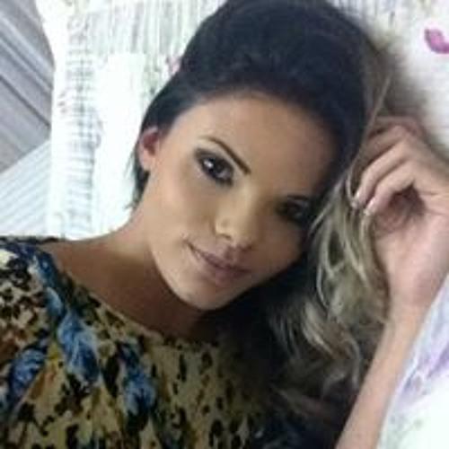 Juliana Oliveira 212's avatar