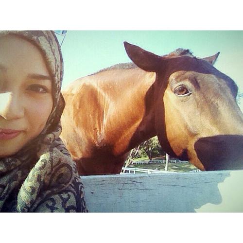 Chila Fadillah's avatar
