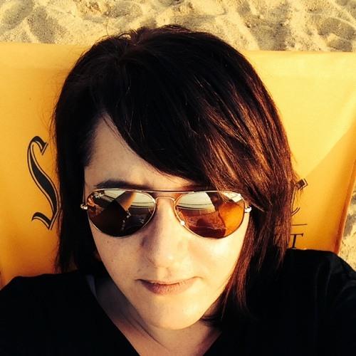 Yvonne Akgül's avatar