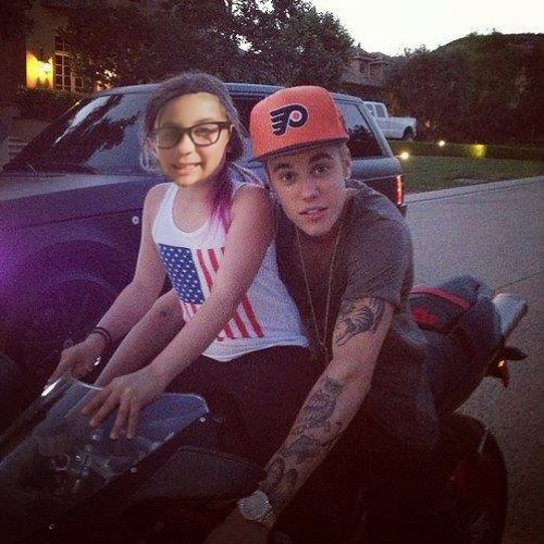 Moonshii Bieber's avatar