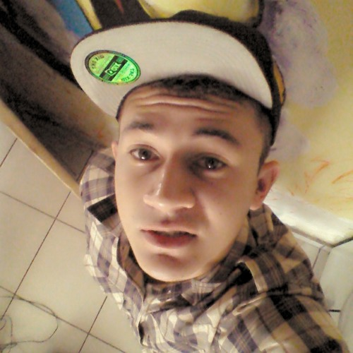 Denis Pereira013's avatar
