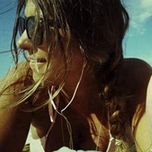 Taiany Gilioli 1's avatar