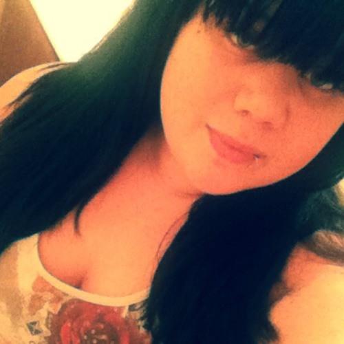 MarieAnn07's avatar