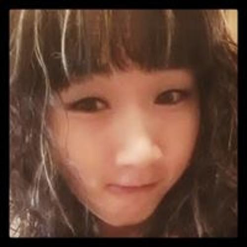 Jenn JJ's avatar
