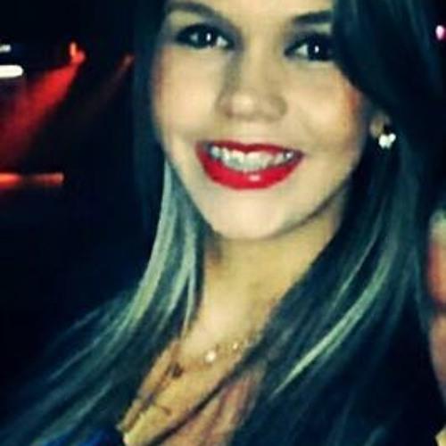 Lariana Carla's avatar