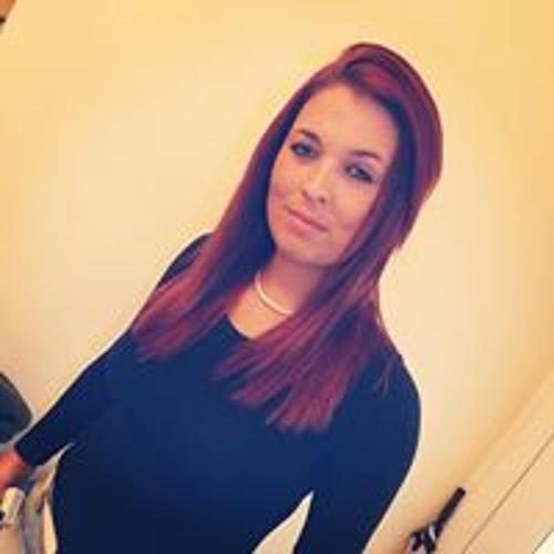 Ashleigh Dileva's avatar
