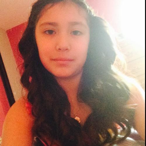 Emily Avelar 3's avatar