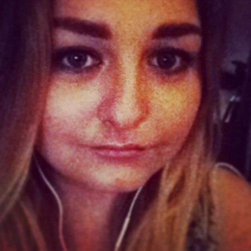 Simone Crossland's avatar