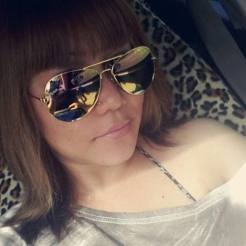 Julie Honey's avatar