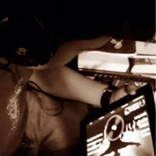 Oseas Fuentes's avatar