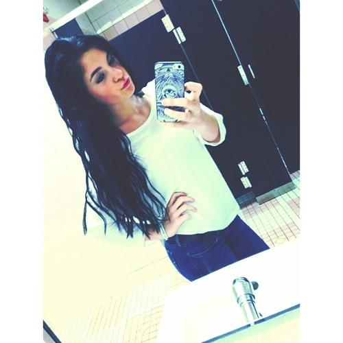 meghan lilley's avatar