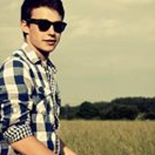 Luca Roth's avatar