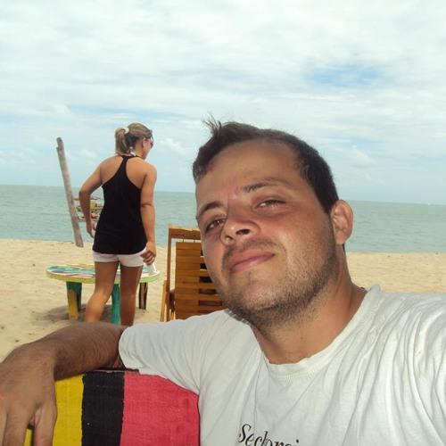 Ernany Pereira's avatar